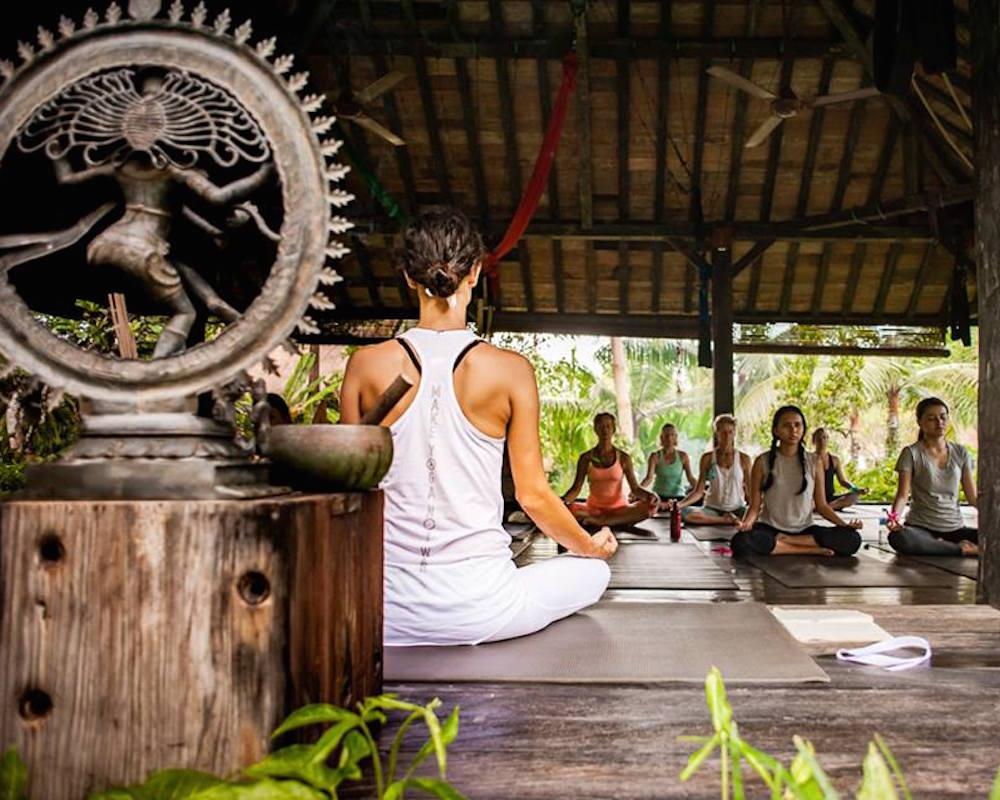 Viaje de surf, ayurverda y yoga en Bali
