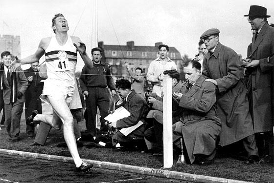 Ha muerto Sir Roger Bannister, el primer hombre que corrió la milla en menos de 4 minutos