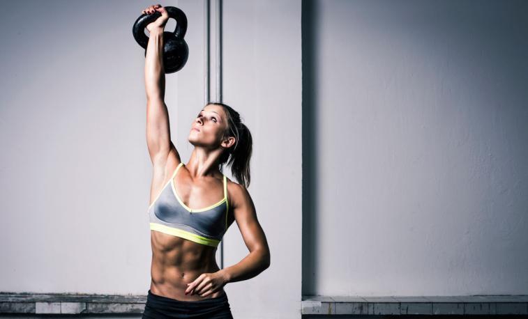 ¿Puedo muscularme demasiado? La duda de muchas chicas que se inician en el mundo de la musculación