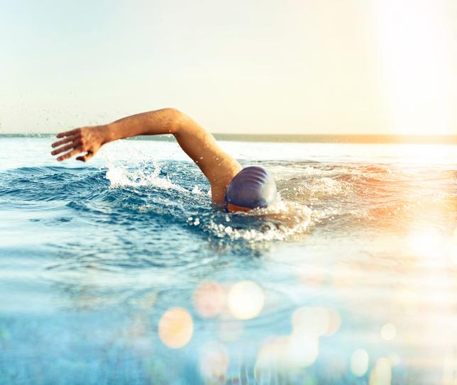 Nadador, quítate los miedos y prepárate para nadar en el mar
