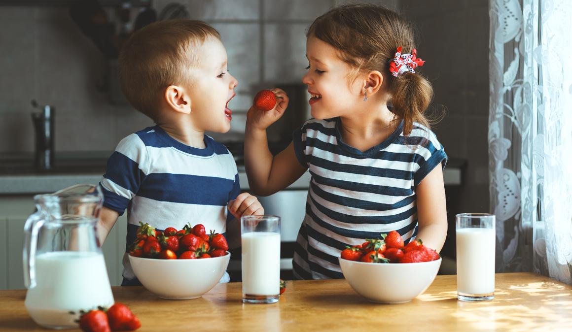 Los niños deben aprender a comer bien desde muy pequeños