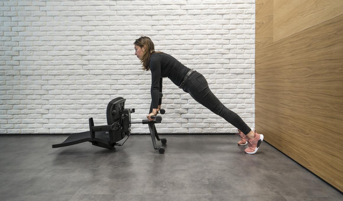 El entrenamiento que podrás hacer en tu oficina, ¡solo necesitas una silla!