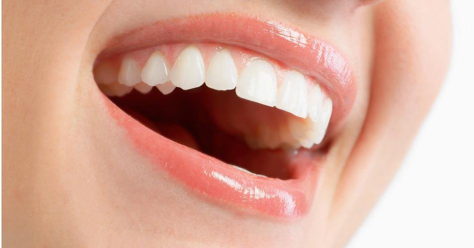 """Los """"males"""" del deportista que no cuida sus dientes"""