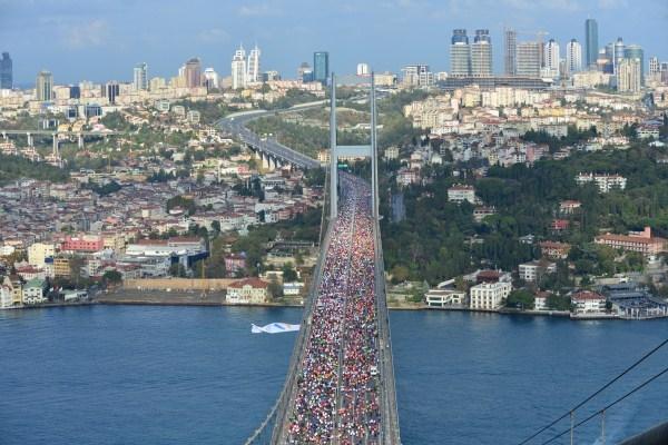 El Maratón que une dos continentes