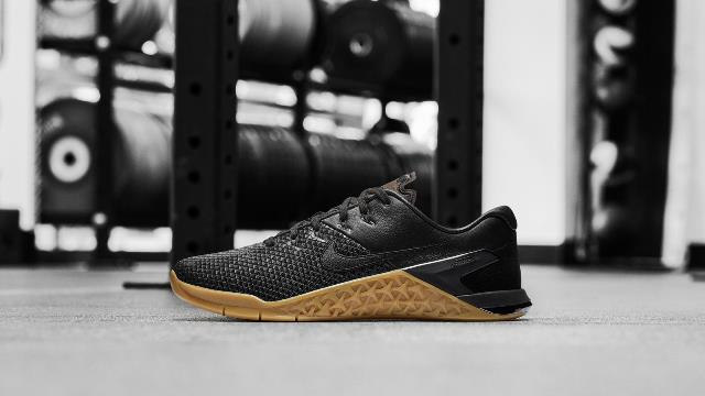 Las nuevas zapatillas de Mat Fraser
