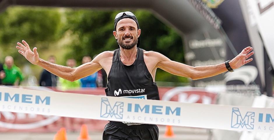 Chema Martinez gana los 50 Km de Santander