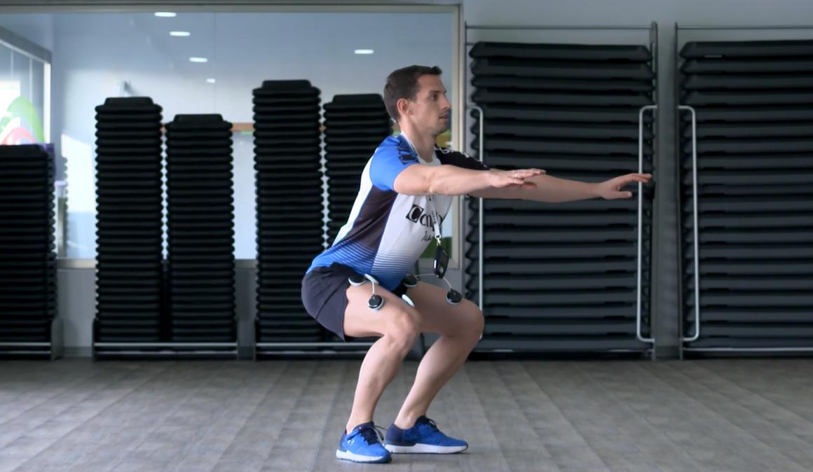 Un plus para tus piernas: ¡sentadillas con electroestimulación!