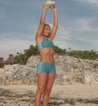 Consigue un músculo duro entrenando con una piedra