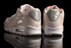 "Nike lanza Air Max 90 ""Tongue N' Cheek"""