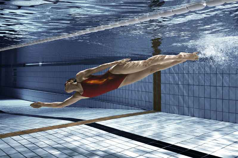 Los 50 consejos para nadar mejor:los errores que te hundirán