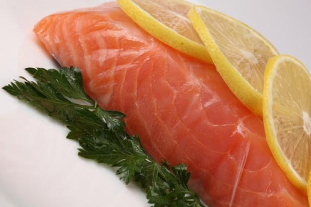 ¿Salmón ahumado o salmón fresco?