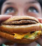 Evita los alimentos con grasas trans para mantener el buen humor