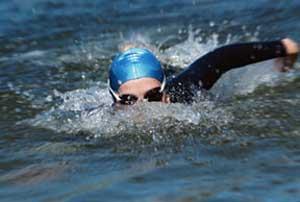 ¿Cómo mejoro mi técnica de natación?
