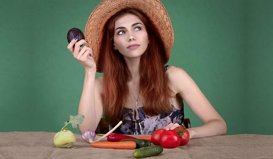 Los alimentos que nos quitan músculo y que no debes comer