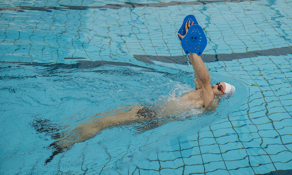 Mejora tu nivel de fitness en la piscina