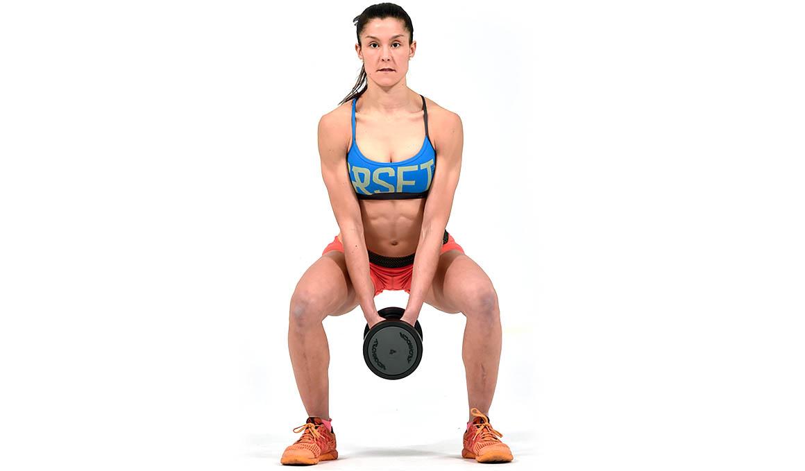 El squat con mancuernas, mejor una que dos