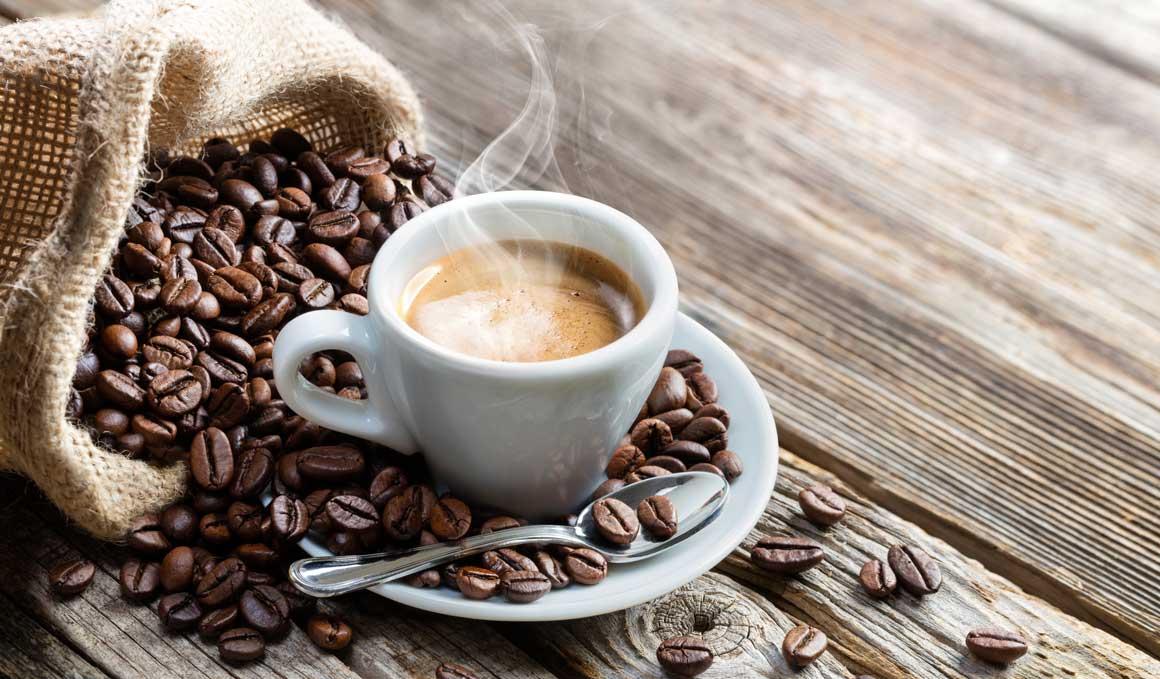La razón por la que deberías esperar 3 minutos antes de tomarte un café