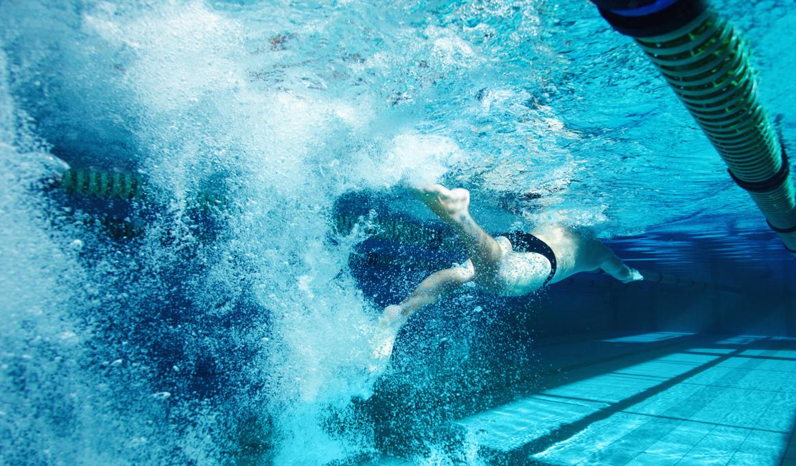 Mejora las patadas de natación, 5 claves para lograrlo