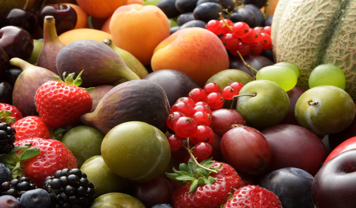 Qué aportan las frutas de verano