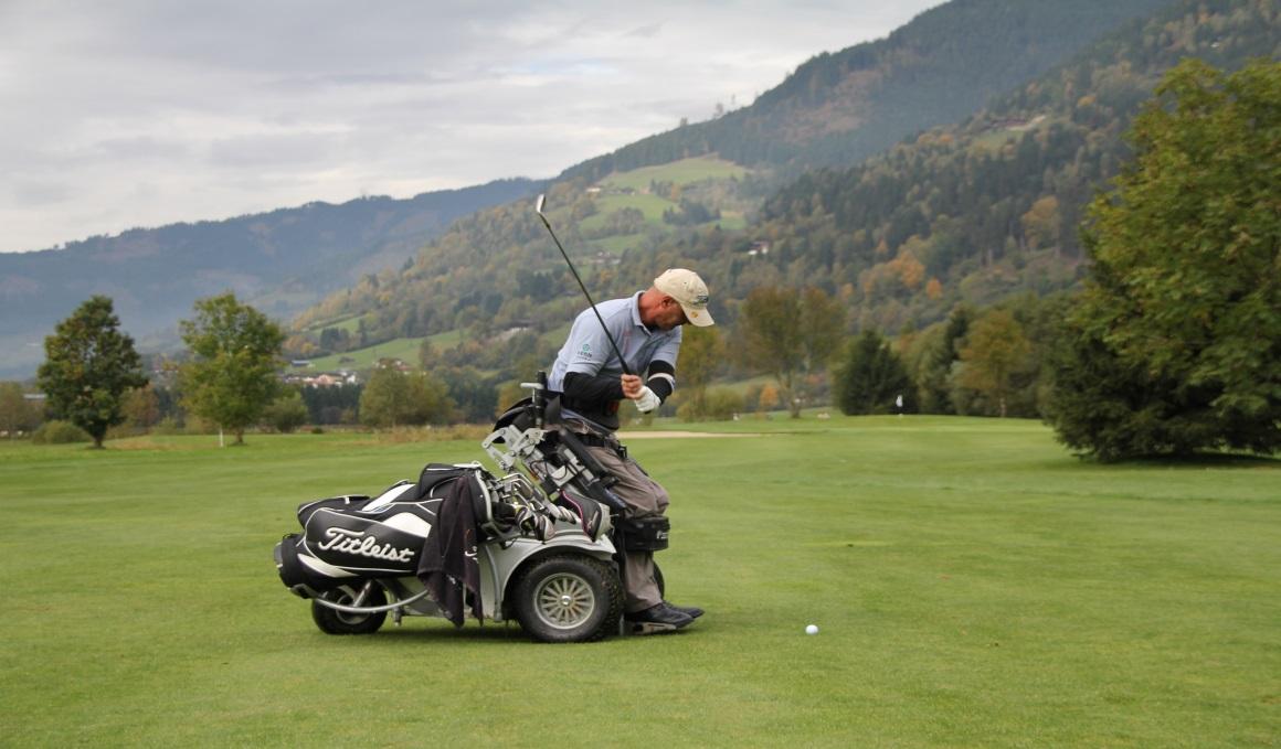 Descubre la historia de Sebas Lorente, un pionero en el golf en silla de ruedas