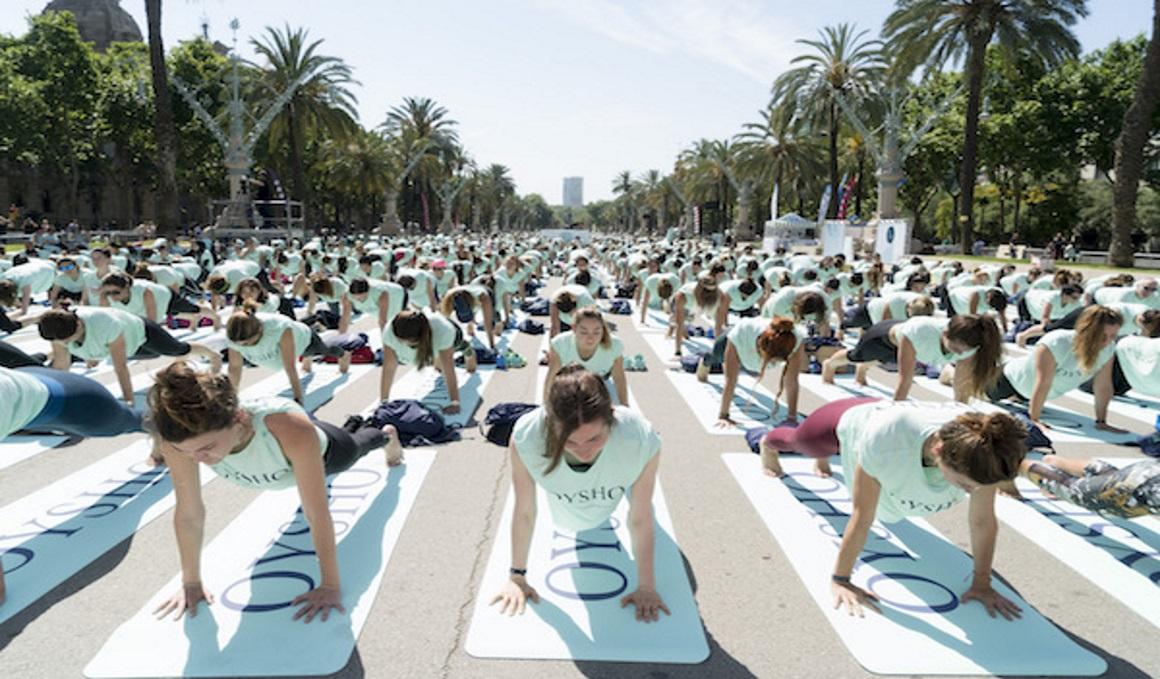 Concursa y gana una entrada doble para asistir al Free Yoga by Oysho de Barcelona