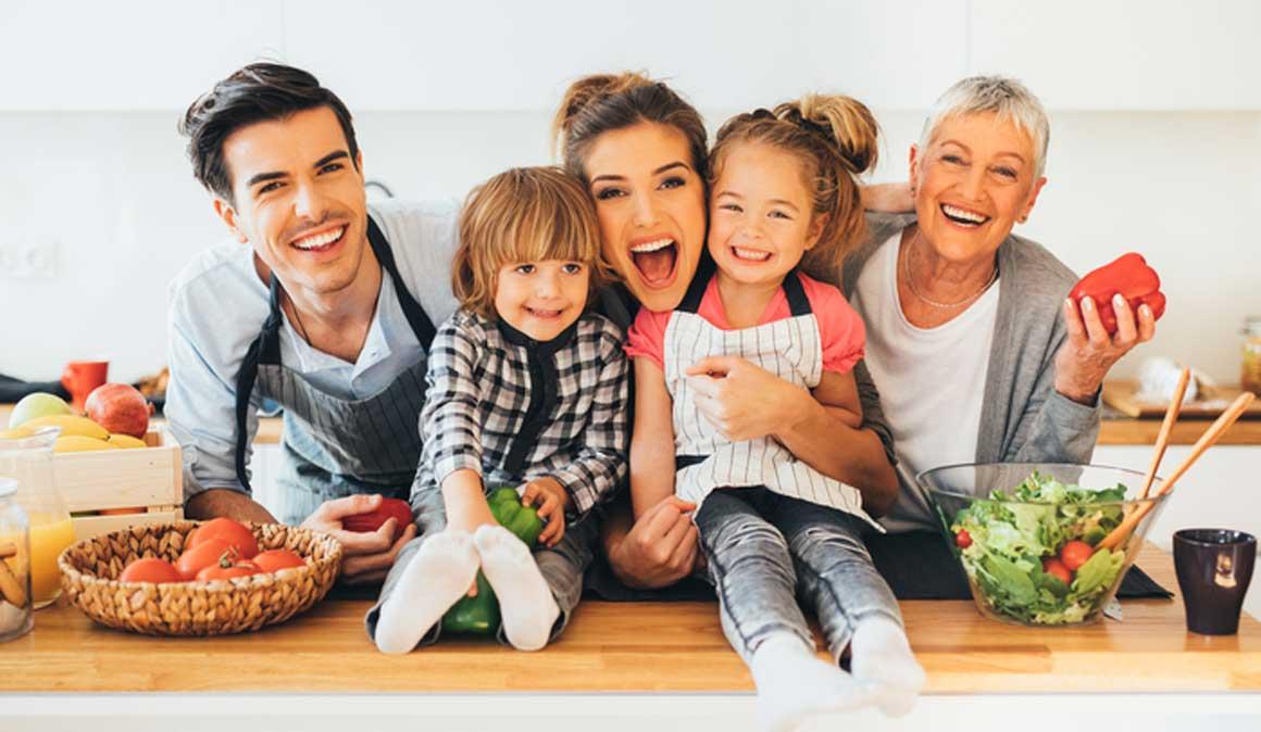 10 claves para comer en familia de forma saludable