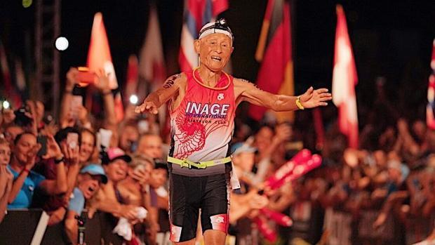 ¡Finisher del Ironman de Hawaii con 85 años!