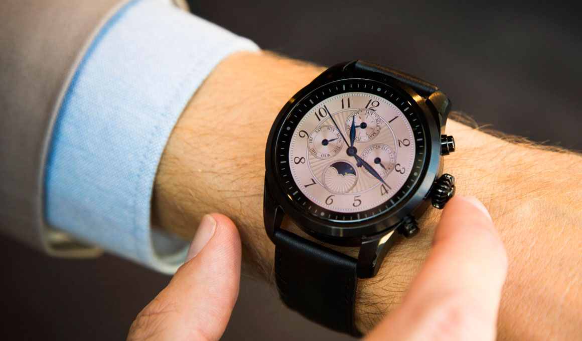 El smartwatch deportivo disfrazado de reloj suizo