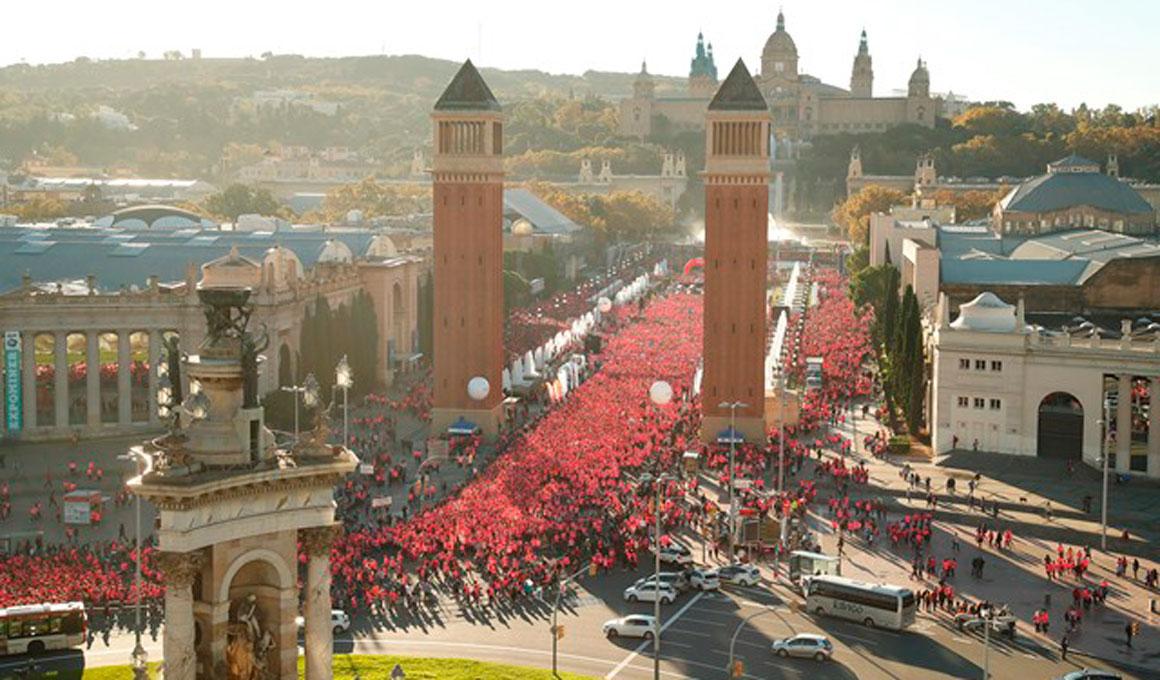 34.000 mujeres conquistan las calles de Barcelona