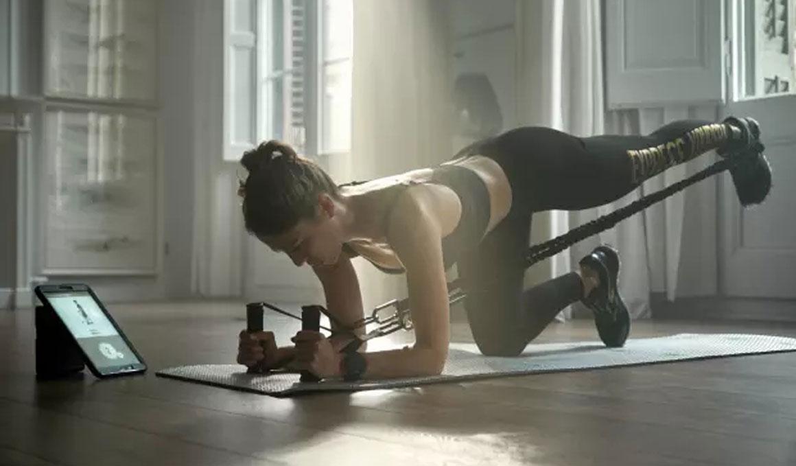 Entrenador y gimnasio...¡caben en tu bolsa de deportes!