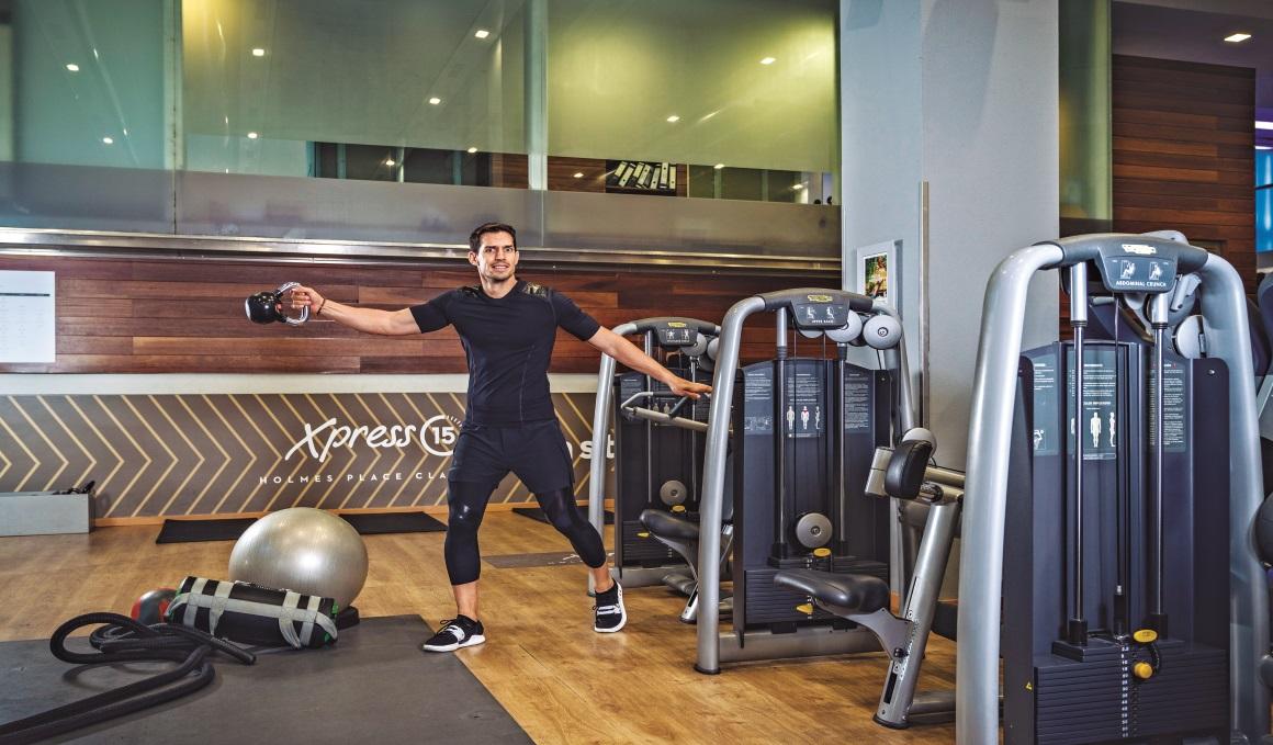 Si eres nuevo en el gym, ¿mejor máquinas o peso libre?