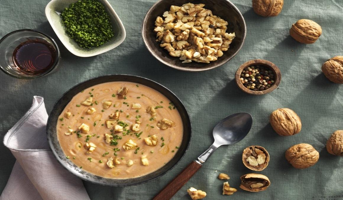 Conoce más sobre las nueces y disfrútalas con estas cuatro recetas