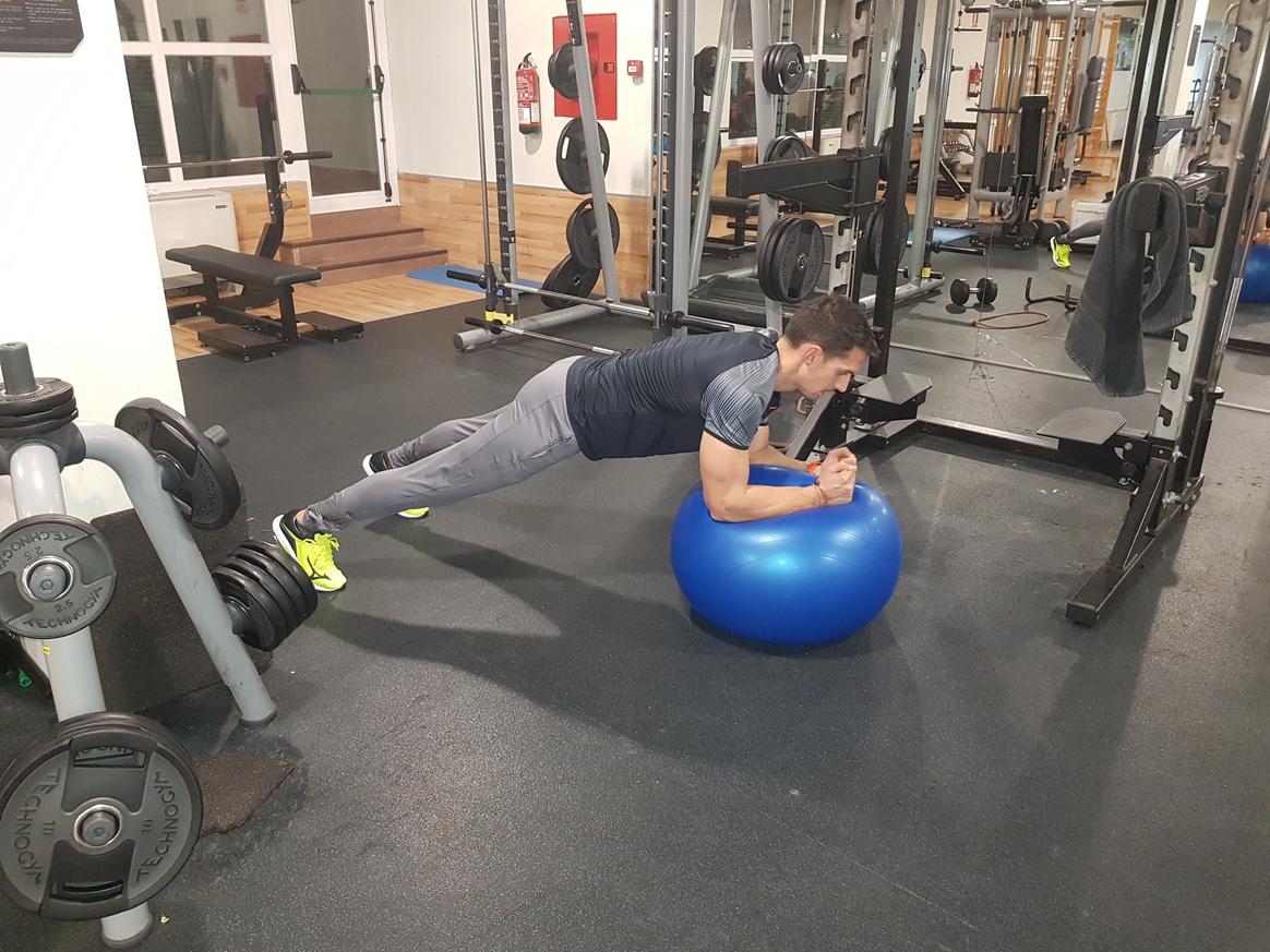 El ejercicio imprescindible para tu abdomen