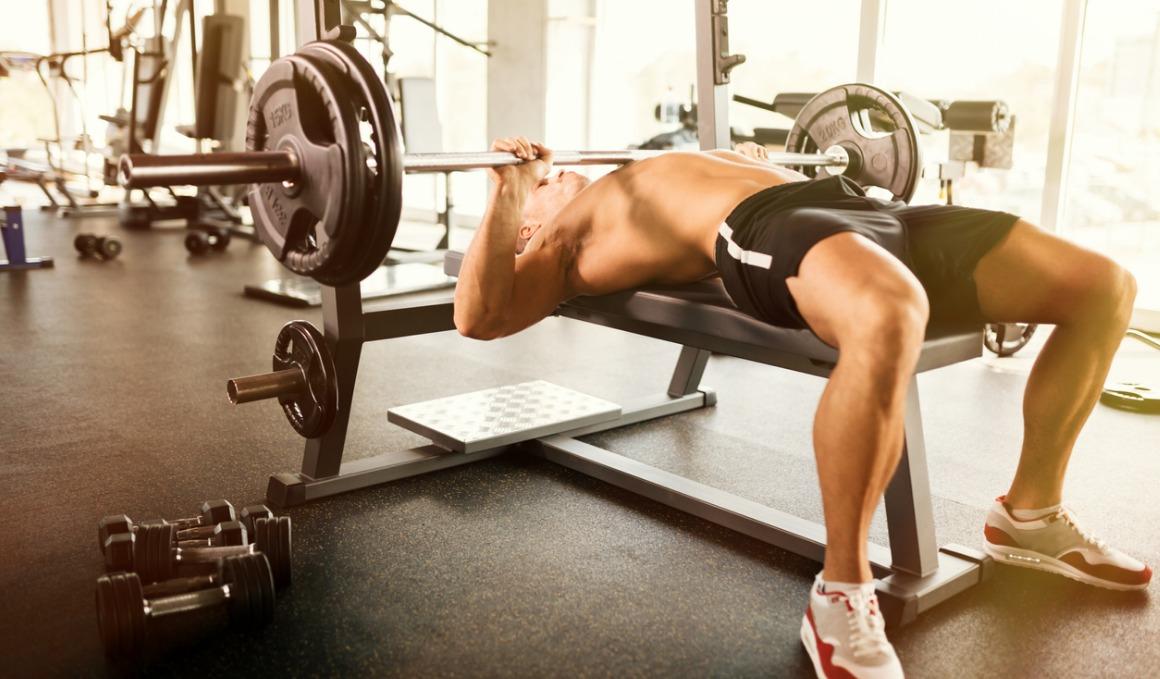 Material que podemos utilizar para hacer ejercicios de bíceps en casa