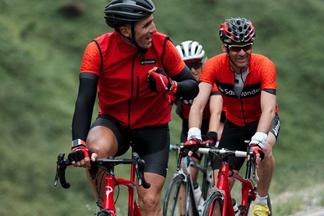 ¿Te imaginas que Indurain saliera un domingo con tu peña ciclista?