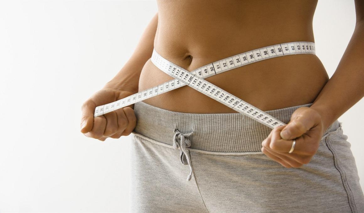 ¿Cuál es el porcentaje de grasa corporal óptimo en hombres y mujeres?