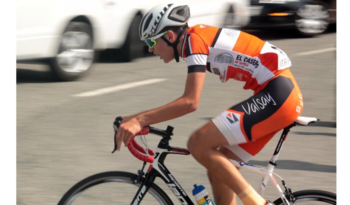 El casco de la bici te salva la vida, la crónica de un accidente con final feliz