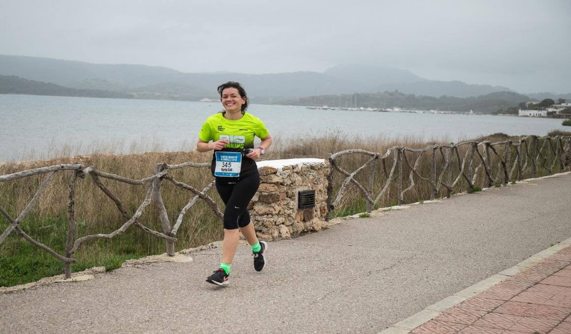 Apúntate a la Mitja Marató de Fornells, una de las medias más bonitas del país