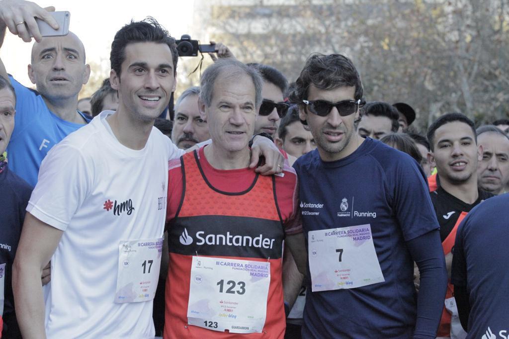 Raúl y Arbeloa, junto a Abel Antón, protagonistas de la Carrera de la Fundación del Real Madrid
