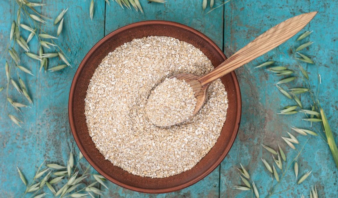 Cómo mejora la salud del estómago el salvado de avena