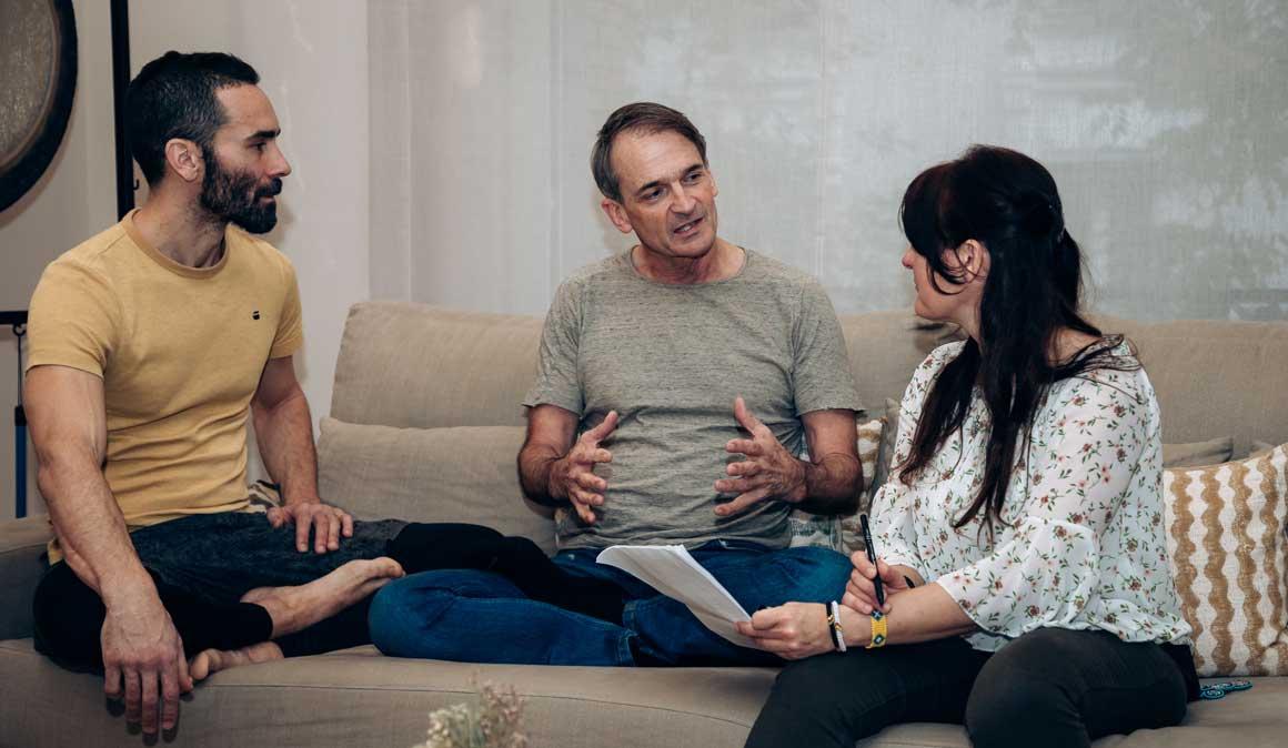Entrevista con Mark Stephens, profesor y escritor de yoga con vídeo Saludo al Sol