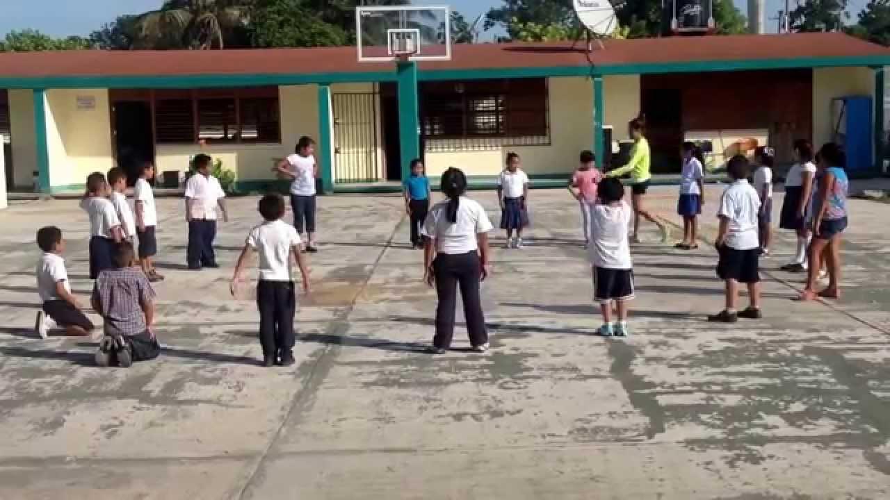 Un grupo de padres denuncia a un profesor por hacer correr a sus hijos 10 minutos