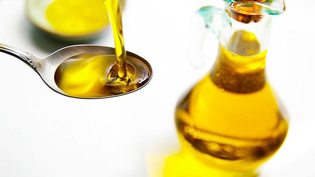 ¿Realmente ganas salud si tomas una cucharada de aceite de oliva en ayunas?