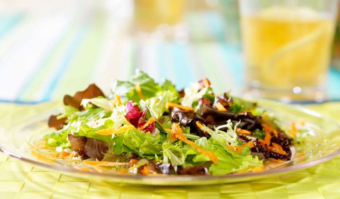 Los mejores ingredientes para tu ensalada de escarola