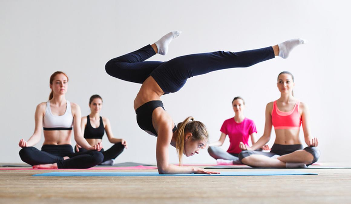 Masterclass de yoga y fitness con @Clandestinemood en TATEL Madrid el 24 de marzo