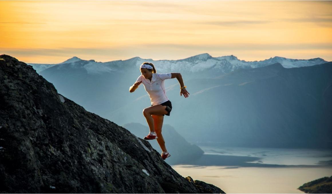 Los trucos de Emelie Forsberg para subir en montaña