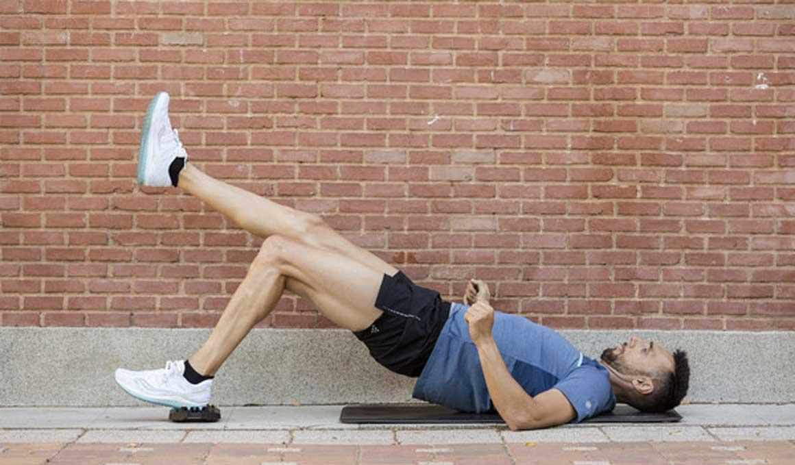 Corredor, no puedes olvidar estos ejercicios para tus glúteos.