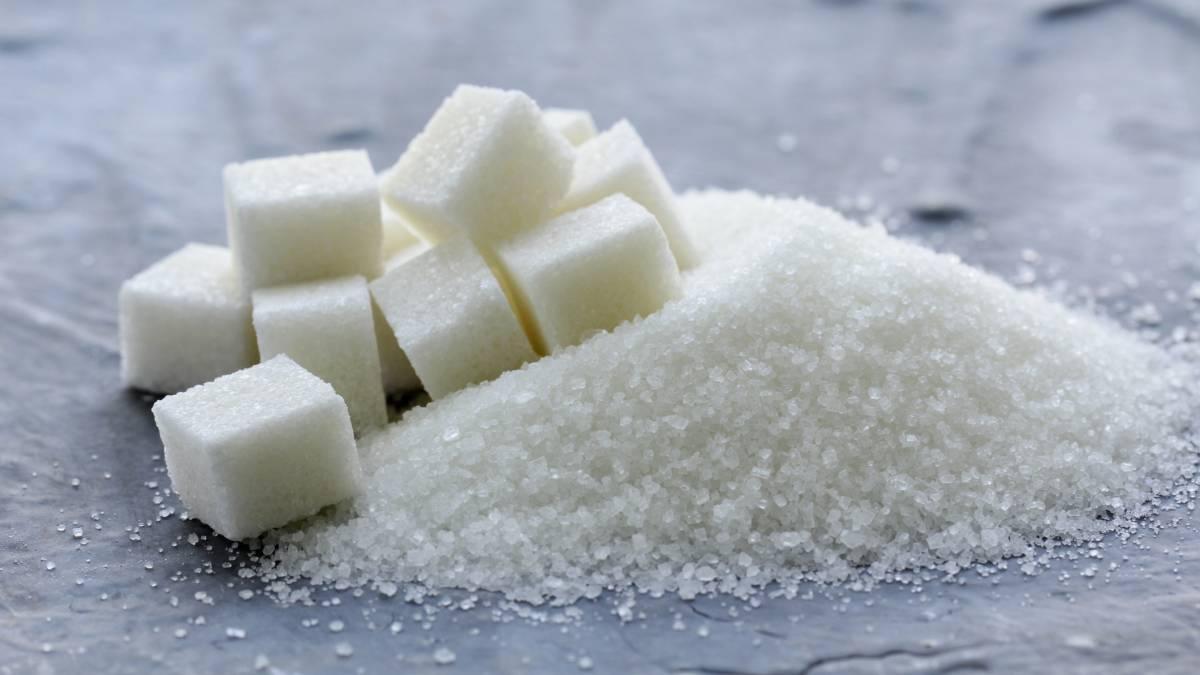 Las preguntas que debes hacerte antes de seguir tomando azúcar