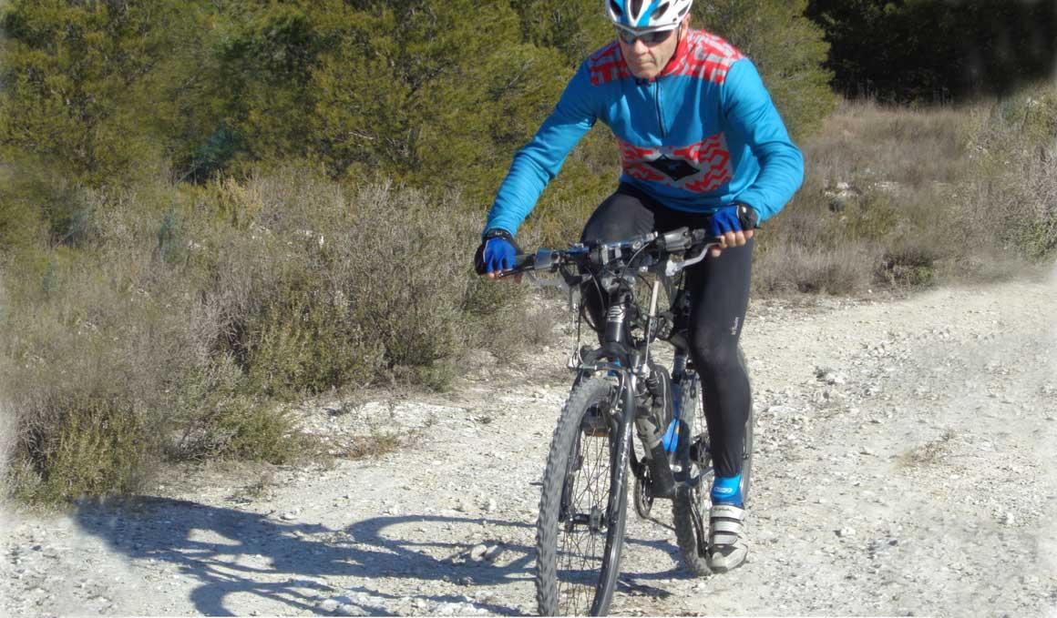 Entrena los brazos con tu bici...¡tanto como las piernas!