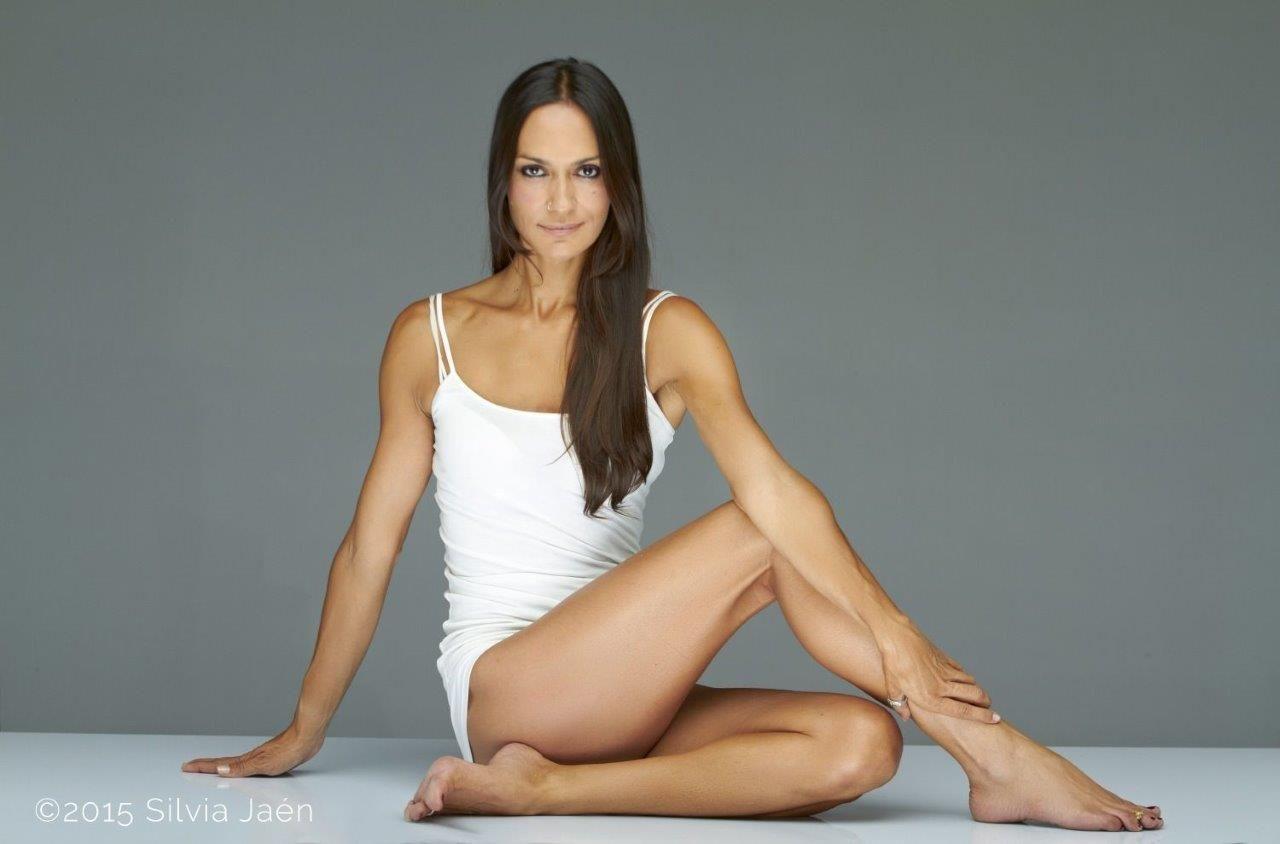 Yoga a favor de la investigación de la leucemia infantil